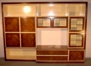 Реставрация полированной мебели. Новый вид старой полированной стенки.