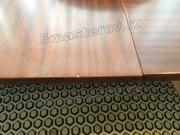 Реставрация полированной мебели. Полированная столешница стола в салоне до реставрации. Фото мастера-реставратора Николая Ш.