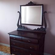Реставрация старинной мебели. Отреставрированный туалетный столик.