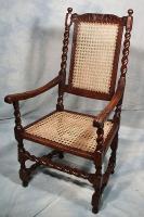 Реставрация стульев. Восстановленный антикварный стул.