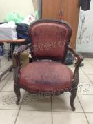 Реставрация стульев. Старинный стул начала 20 века из массива дерева до реставрации. Фото мастера-реставратора Николая Ш.