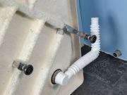 Сборка душевой кабины. Сборка системы подключения душевой кабины к канализации.