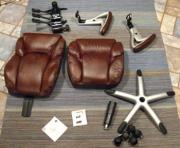 Сборка кресла. Офисные кресла довольно часто продаются уже в собранном виде. Но иногда удобнее доставлять кресло в разобранном состоянии. Тогда на помощь придут наши мастера.