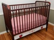 Сборка кровати маятника. Кровать для малыша имеет особый механизм, который позволяет укачивать ребенка.