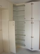 Сборка разборка мебели. Сборка шкафа . Угловая дверь имеет особые петли, которые должны быть закреплены хорошо.