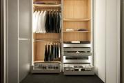 Сборка спального гарнитура. Шкаф в спальном гарнитуре- важная его составляющая.