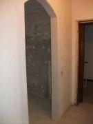 Сделаю ремонт квартир под ключ. Очень часто дверные проемы заменяются арками, что позволяет зрительно увеличить пространство.