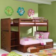 Собрать детскую кровать. Двухярусные детские кровати требуют качественной сборки.