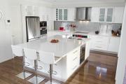 Собрать кухонный гарнитур. Кухня - самое любимое место сбора семьи, поэтому она должны быть красива и удобна.
