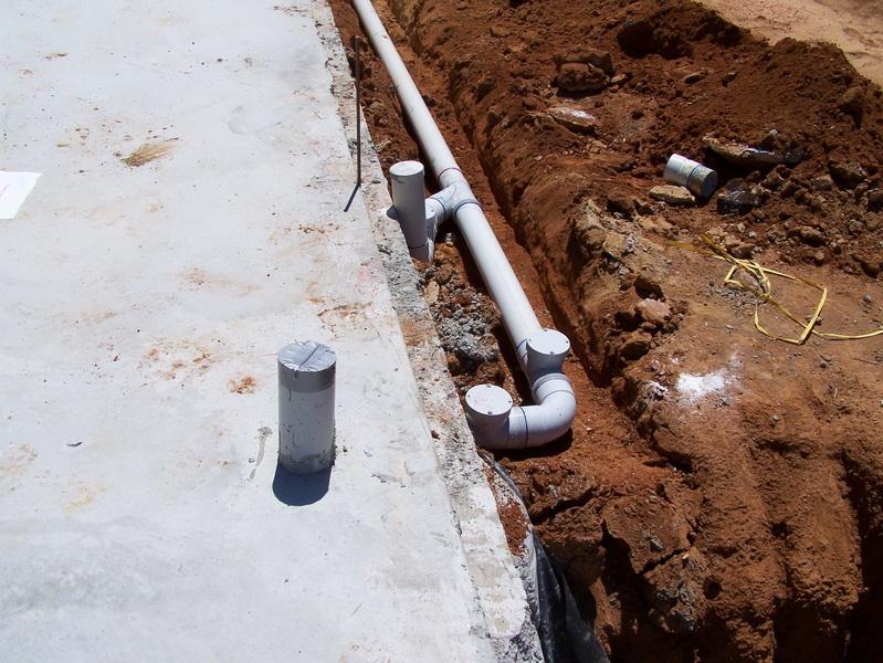 Вывод канализации из дома своими руками 61