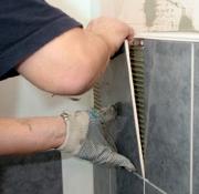 Стоимость ремонта ванной под ключ. Наши мастера по укладке плитки выполнили уже большое количество заказов. Клиенты всегда были довольны.