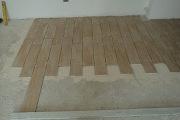 Укладка ламината на бетонный пол. Если Вы решили поменять в своей квартире пол,  то первую очередь  необходимо правильно подготовить основание для укладки ламината.