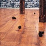 Уложить ламинат на деревянный пол. Укладка ламината на деревянный пол – это нехитрое дело, требующее, однако же, опыта и старания.