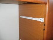 Услуги сборщика мебели. В сборке мебели нет мелочей! Чтобы все ящики отлично функционировали важно четко закрепить направляющие.