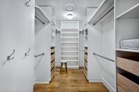 Установка встроенных шкафов. Удобство и функциональность