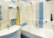 Ванная под ключ, фото. Установка защитного экрана на ванную - популярная услуга, которую оказывают наши мастера.