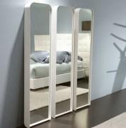 Вставить зеркало. Вставить зеркало в интересную дизайнерскую раму сможет наш специалист.