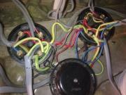 Загорелась проводка. Решить проблему  с электроснабжением после возгорания проводки может только специалист.