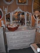 Заказать зеркало Москвa. Закажите зеркало для Вашей любимой мебели или комнаты.