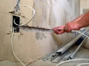 Замена электропроводки в квартире. Начав ремонт, не забудьте поменять старую проводку.