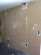 Замена проводки. Протянуть новый кабель, смонтировать розетки всегда помогут наши электрики. Звоните!