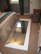 Замена зеркала в шкафу. Стекло монтируется внутрь профиля.